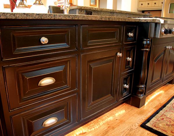 black-cabinets