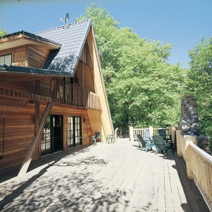In addition to the 2200-square-foot home, the Sundance cabin also boasts an additional 2200 square feet of decking.