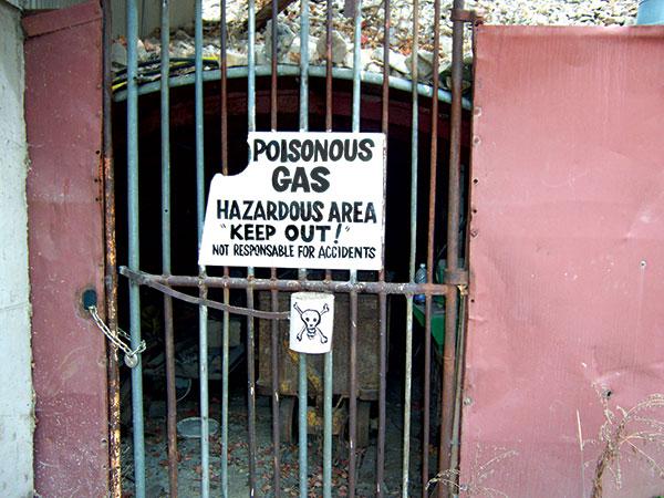 02-Mine-Entrance