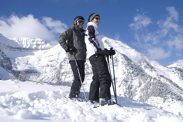 Skiers-on-Mt.-Timp