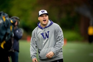 Marques Tuiasosopo, former Washington quarterback, will coach the Huskies in the Kraft Fight Hunger Bowl, Dec. 27.