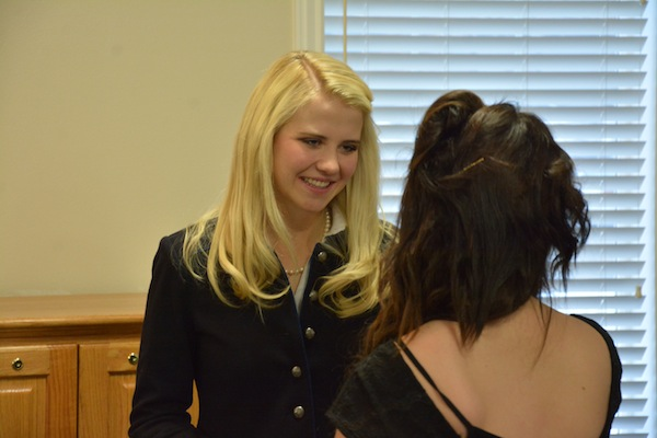 "Elizabeth Smart talks to a student in the ""This Girl"" program at Heritage School. Smart was the keynote speaker for the First Annual Heritage Heroes Fundraising Dinner. (Photo by Rebecca Lane)"