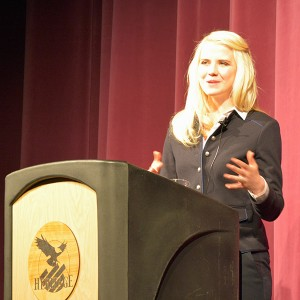 "Elizabeth Smart gives her keynote address, ""Overcoming Adversity: The Elizabeth Smart Story,"" at the Heritage School Thursday night. (Photo by Rebecca Lane)"