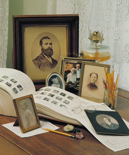 Keeping your family history doesn't have to be difficult or time-consuming. Try one of these alternatives if you're falling behind. (Photo courtesy LDS.org media library.)
