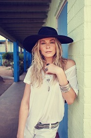 County star LeAnn Rimes will appear at the 2014 Young Living Fall Festival.