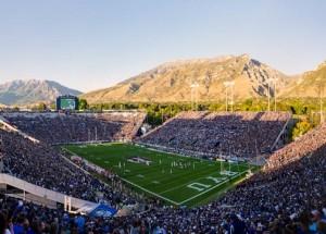 panorama-of-byu-lavell-edwards-stadium