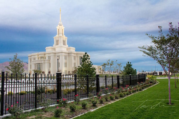 Payson Temple will be dedicated on Sunday, June 7. (Photos courtesy Tausha Coates)