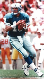 Scott Mitchell was a NFL quarterback for the Miami Dolphins and Detroit Lions.
