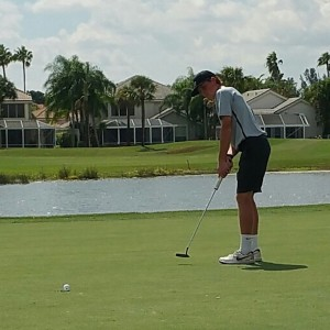 BYU commit Carson Lundell sinks a birdie putt on the 15th hole at PGA National en route to finishing first at -5 under par. (Photo courtesy Rob Stanger)