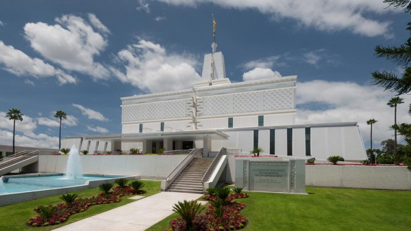 Mexico City Temple. (Photo courtesy Mormon Newsroom.)