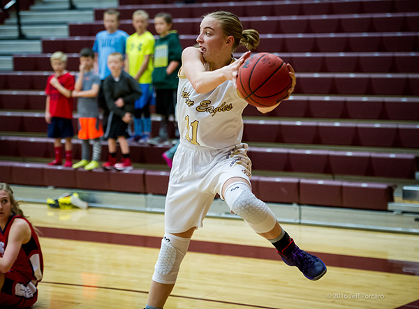 Maple Mountain senior Liz Eaton is following in her sister's footsteps and playing for BYU women's basketball team beginning in the 2016-17 season. (Photo by Jeff Porcaro, maplemountainsports.com)