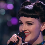 Utah-Tube: Miley Cyrus steals Belle Jewel in Knockout Round of 'The Voice'