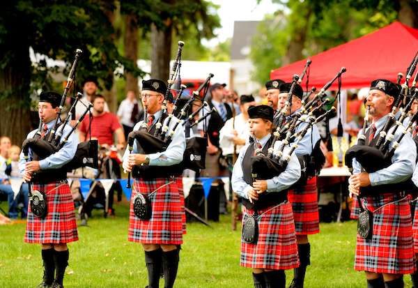 Payson Scottish Festival Brings Strongman Competition Bagpipes And Highland Dancing To Utah